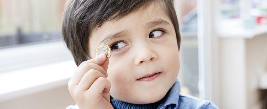 3 tipy, kdy a jak se dětmi bavit o penězích